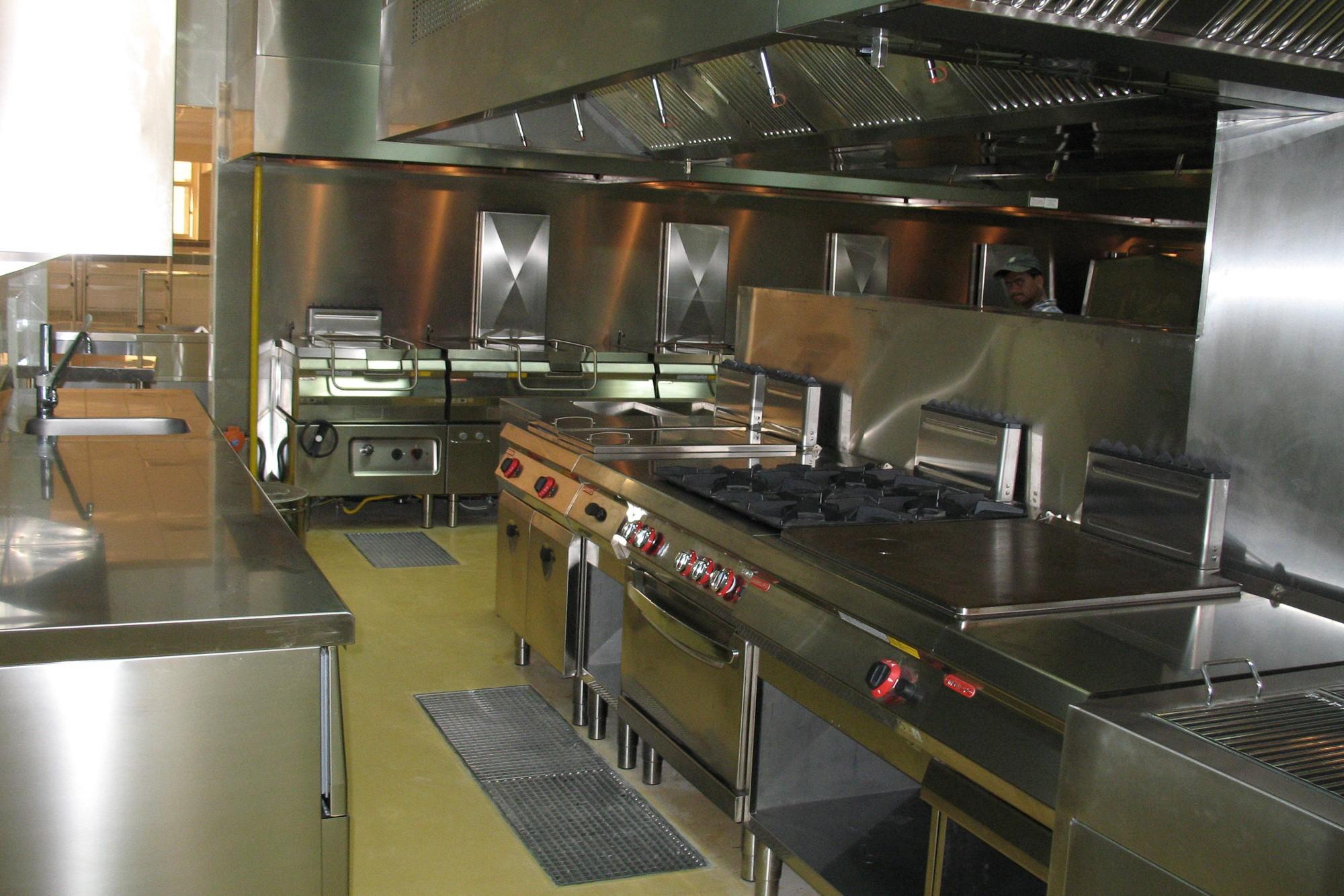 Italia_kitchen_-le_meridien_a-1