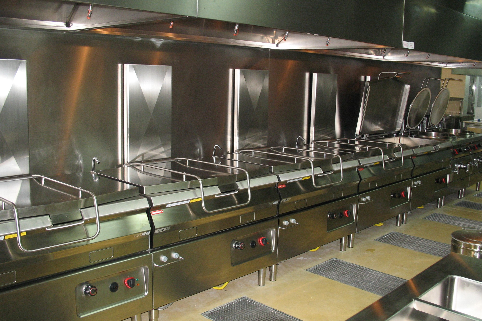 Italia_kitchen_-le_meridien_a-2