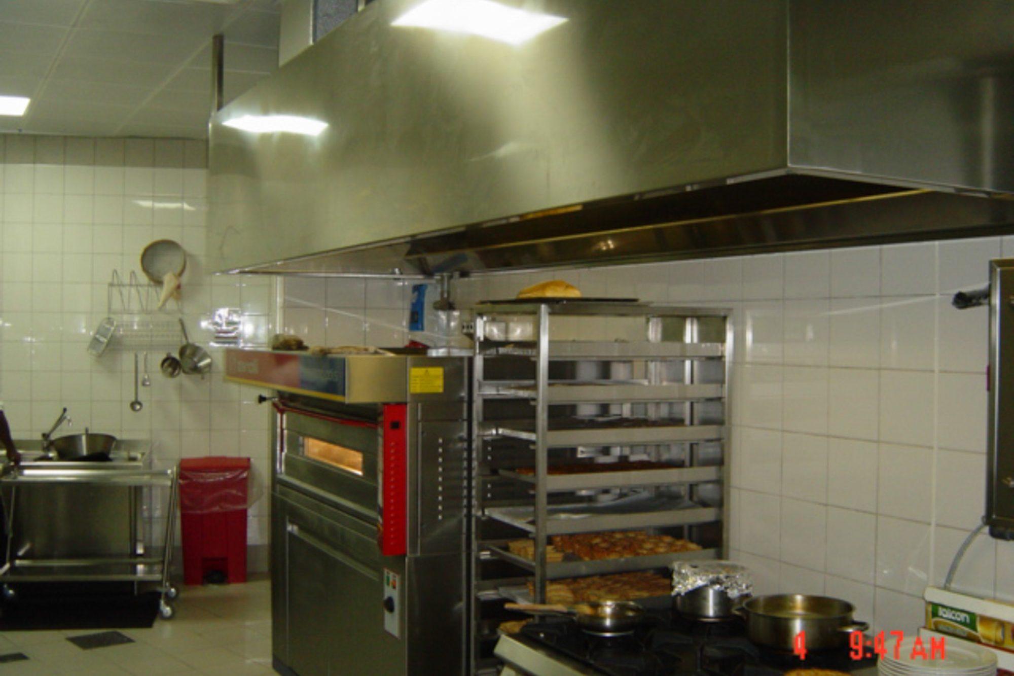 Italia_kitchen_-le_meridien_f-6