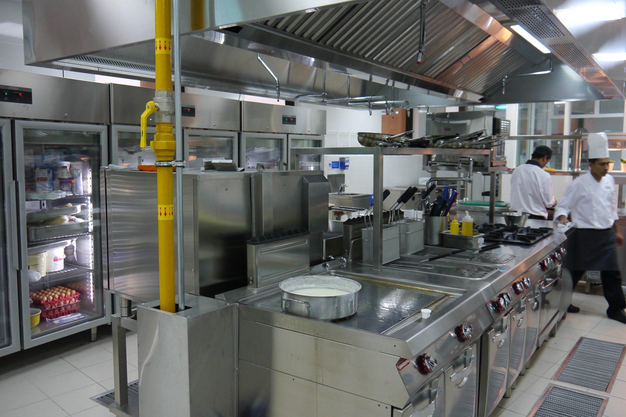 Italia_kitchen_-le_meridien_r-11