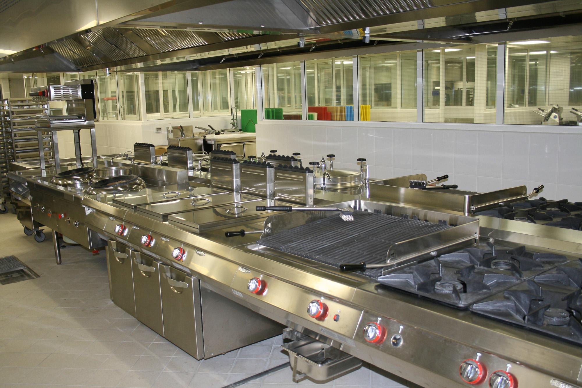Italia_kitchen_-le_meridien_r-3