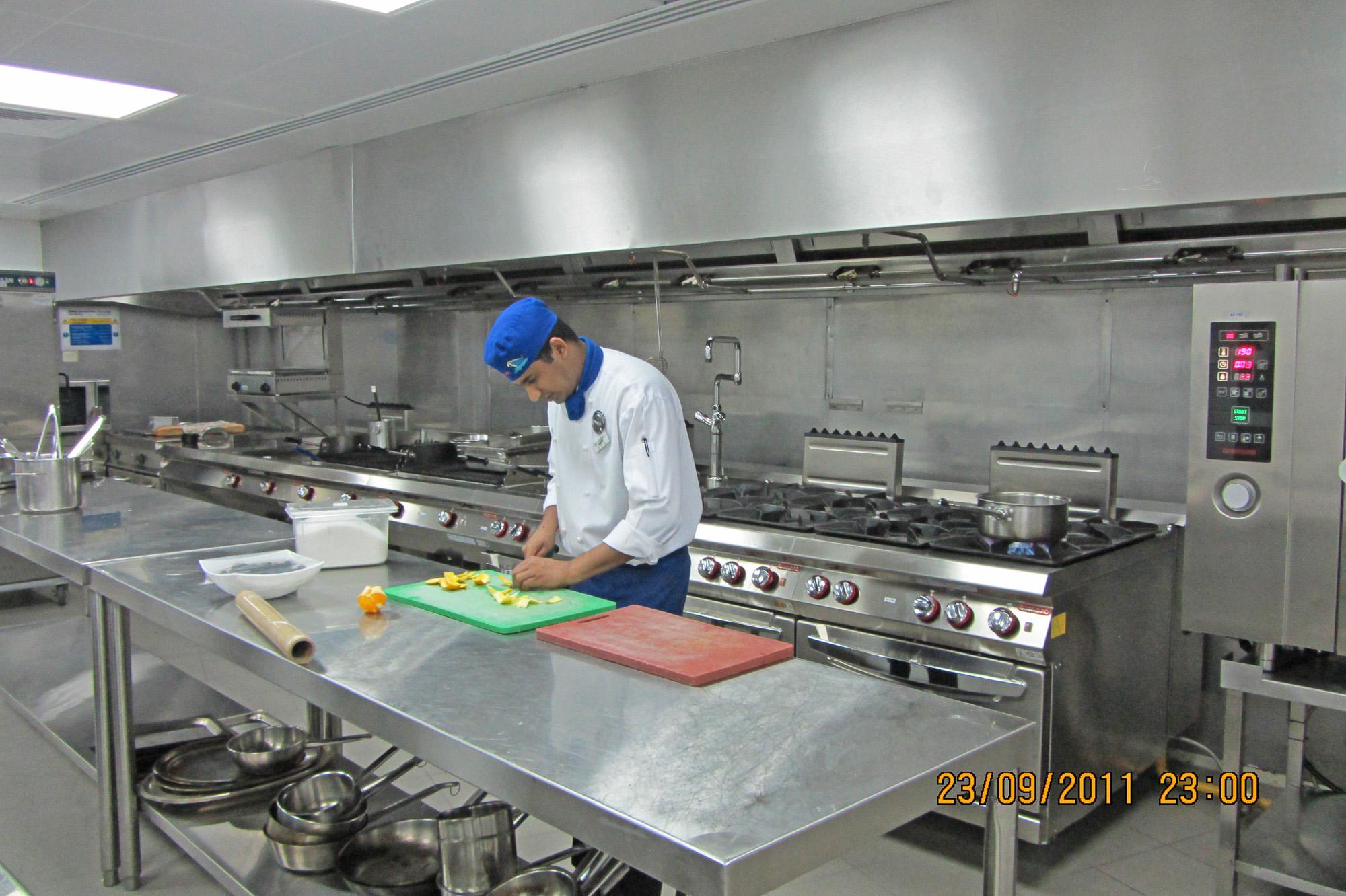 Italia_kitchen_-le_meridien_r-6