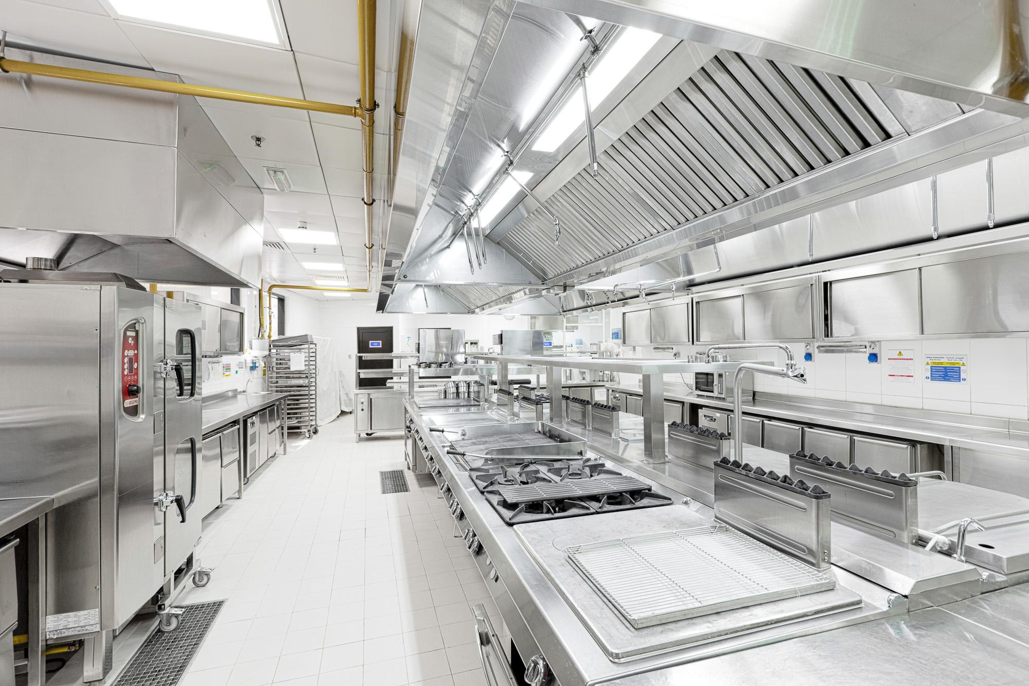 Italia_kitchen_-le_meridien_r-9