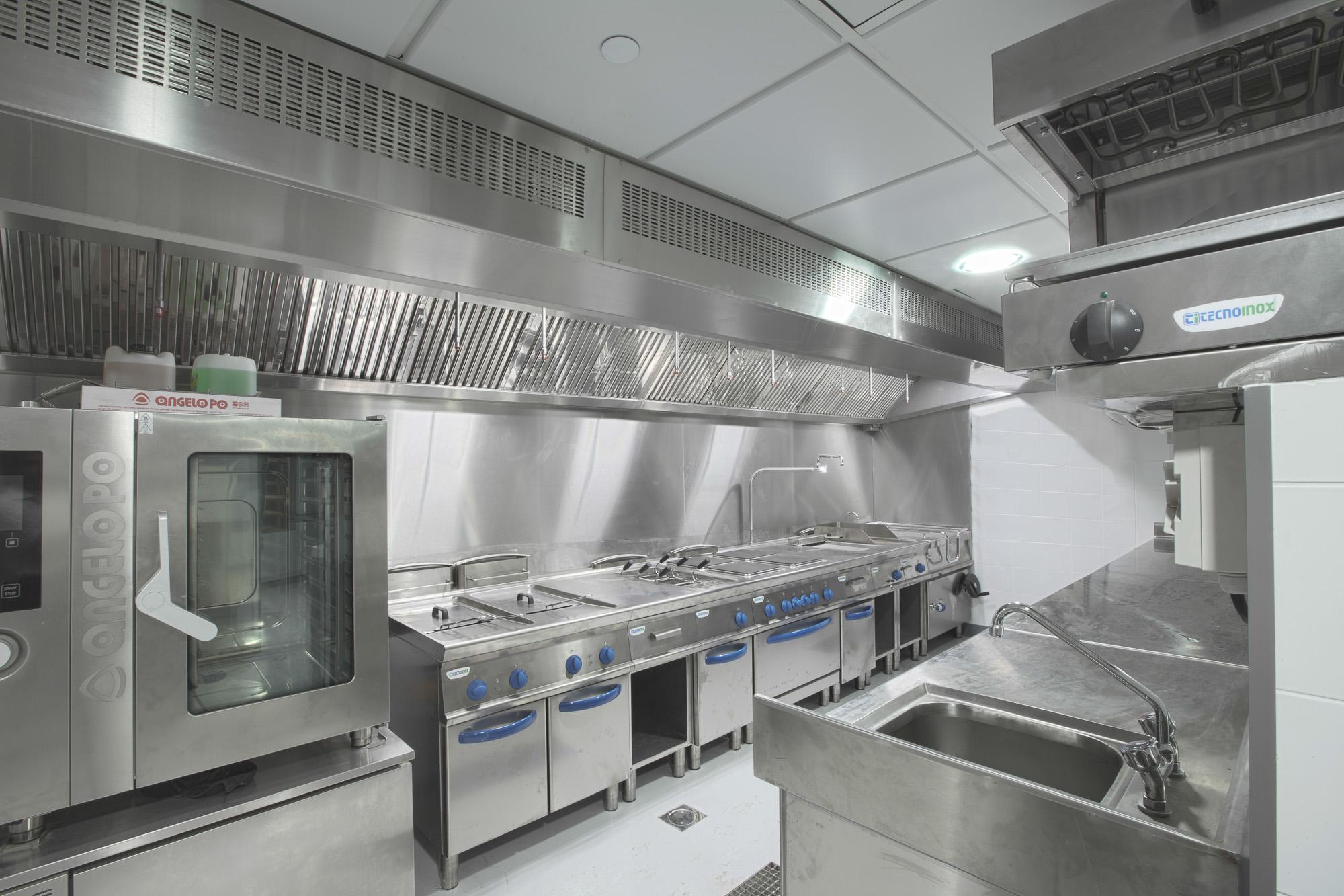 Italia_kitchen_-rotana-6