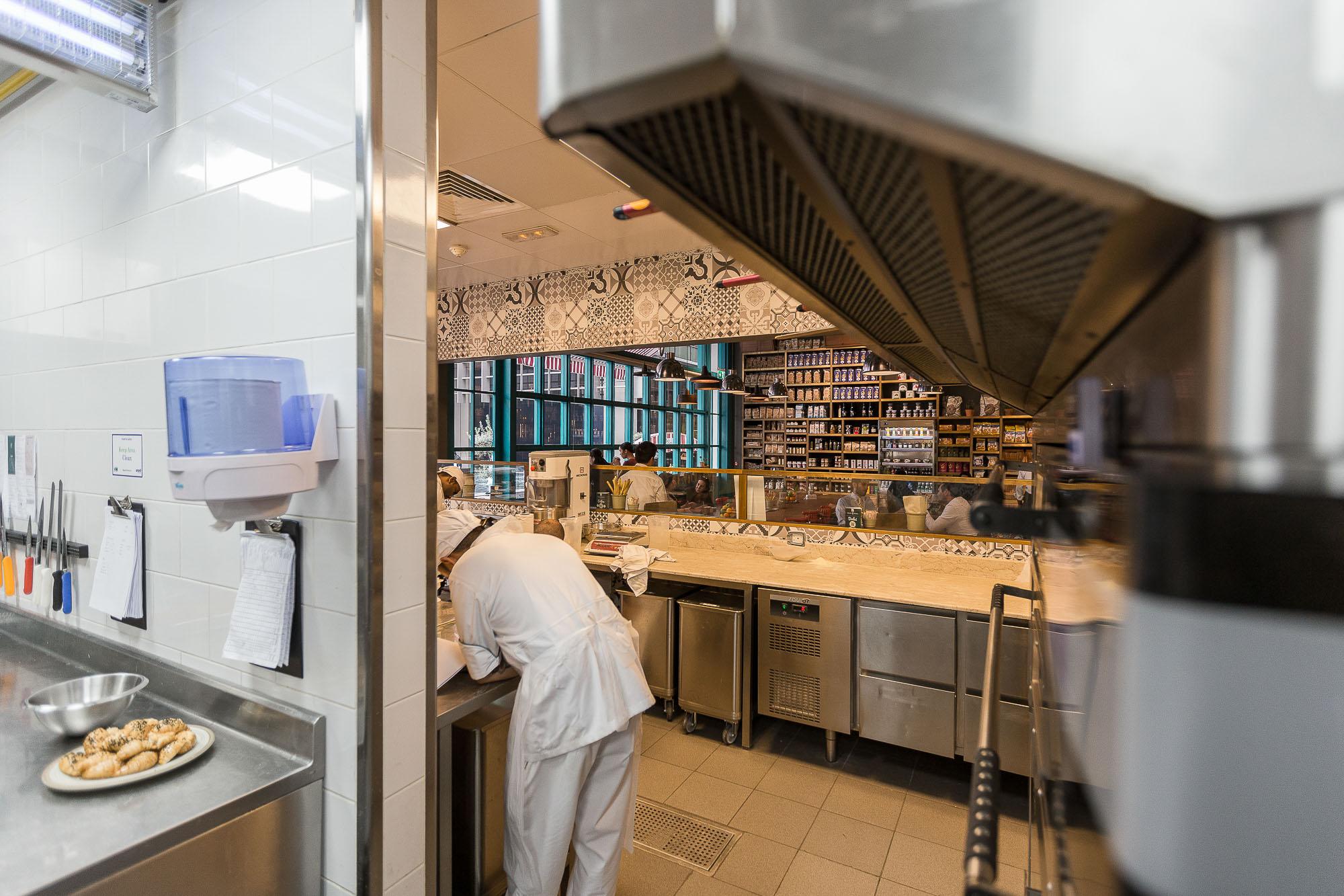 mercato_italia_kitchen_dubai_1